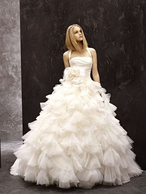 Wedding Dresses Vera Wang   Hairstyles And Fashion