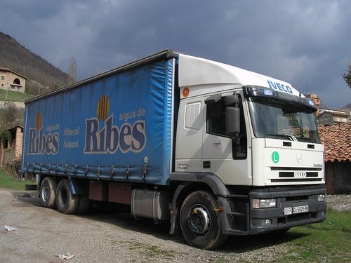 camió Iveco a Ripoll
