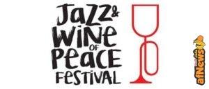 """Beppe Giacobbe realizza l'etichetta d'autore per il """"Jazz&Wine of Peace"""" Festival"""