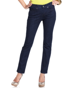 Levi's Petite Jeans, Straight-Leg, Denim Defense Wash