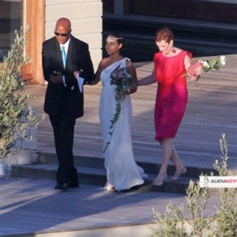 Bernadine's blog: Ball Gown Sweetheart Taffeta Wedding