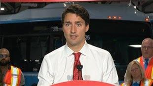 «J'implore le gouvernement actuel d'en faire plus dans l'immédiat», dit le chef libéral Justin Trudeau.