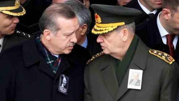 Αντεπίθεση Ερντογάν …βάζει στο κόλπο τους στρατιωτικούς;