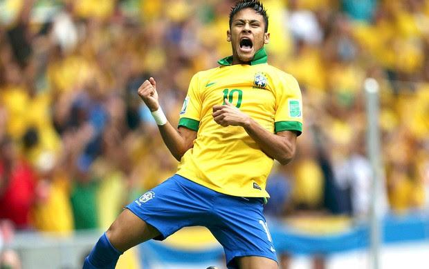 Neymar comemoração gol Brasil Japão (Foto: Reuters)