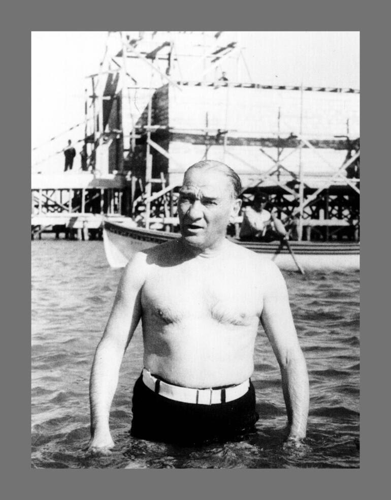 Atatürkün Giyim Tarzı