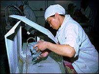 Jade cutter in China
