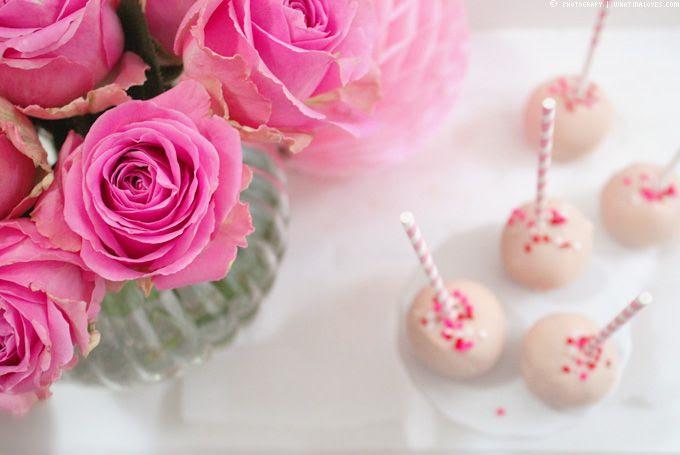 http://i402.photobucket.com/albums/pp103/Sushiina/cityglam/cakepop5_zps706be501.jpg?t=1360700074