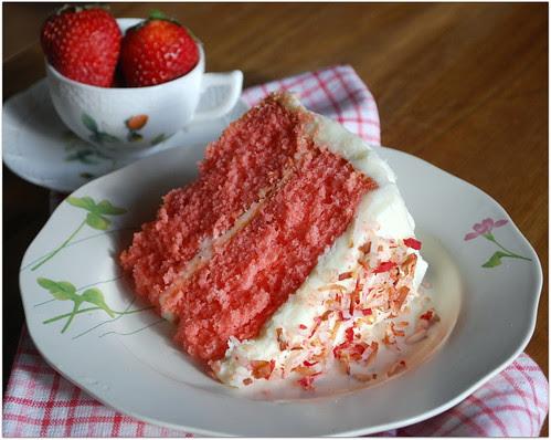 Southern Strawberry Cake1