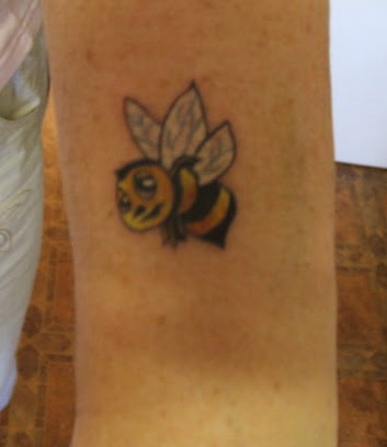 Creating Cute Bumble Bee Tattoos Cool Animal Tattoos