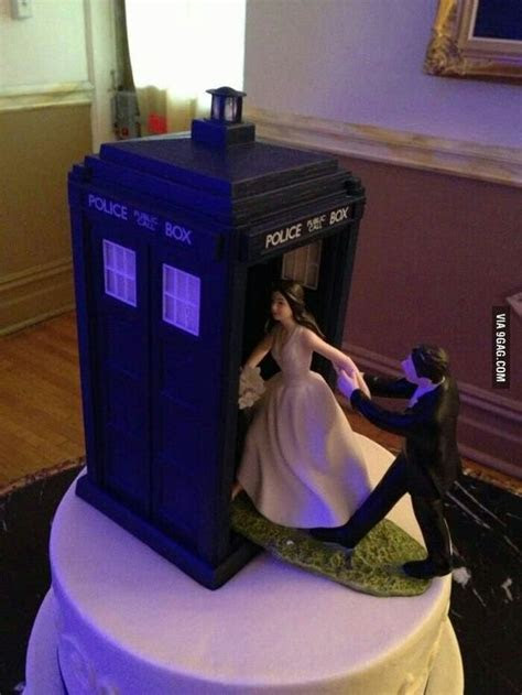 Dr. Who Tardis Wedding Cake Topper   Wedding Cake Toppers
