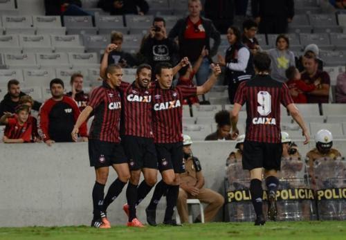 Gustavo Oliveira / Site Oficial