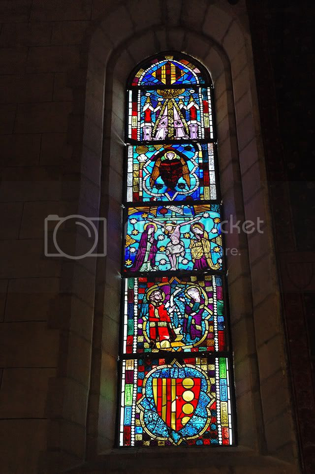 Stained Glass Window. Pedralbes Monastery. Barcelona, Spain [enlarge]