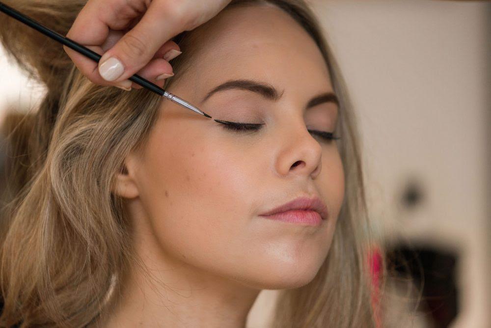Makeup artist day