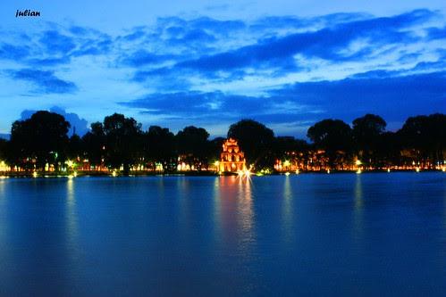 Ha noi-Sword lake
