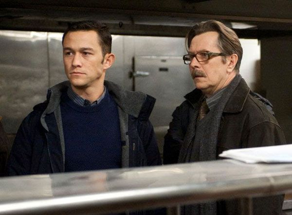 Joseph Gordon-Levitt as Detective Blake and Gary Oldman as Commissioner Gordon in THE DARK KNIGHT RISES.