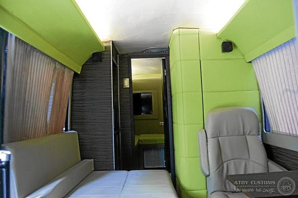 Travel, Photographs and Lifestyle: MANNY PACQUIAO'S PAC VAN