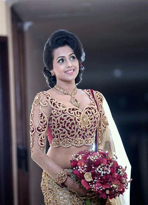 Pin by Yashodara Rathnathilaka on 2nd day Brides   Saree