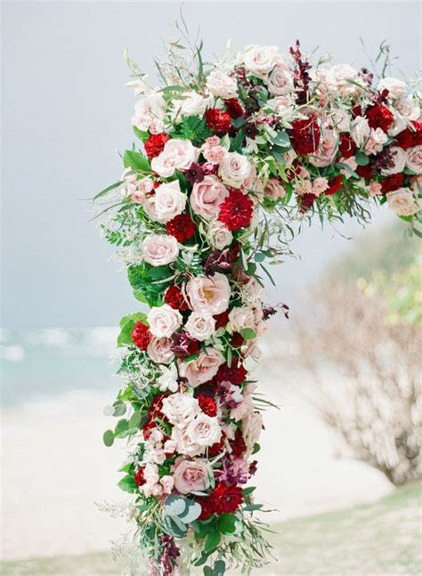 20 Prettiest Floral Wedding Arch Decoration Ideas   Page 2