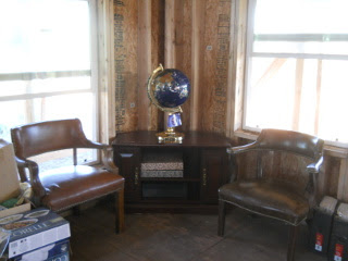 House Library Globe