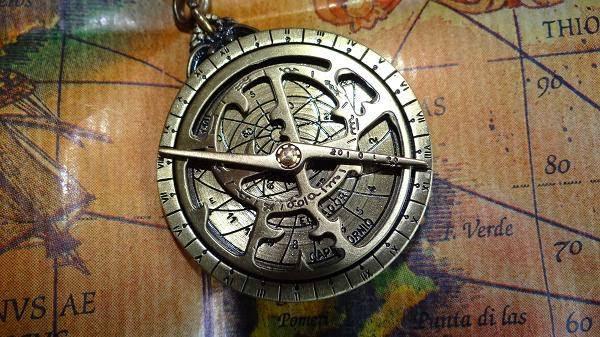 Risultati immagini per astrolabio