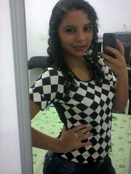 Raiana Soares, 17 anos é aluna do Colégio da Polícia Militar em Jequié