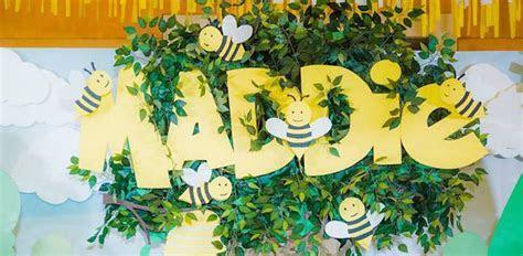 Kara's Party Ideas Winnie the Pooh Garden Birthday Party