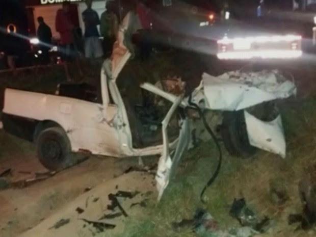 Quatros das vítimas estavam na carroceria do veículos (Foto: Reprodução / TV Bahia)