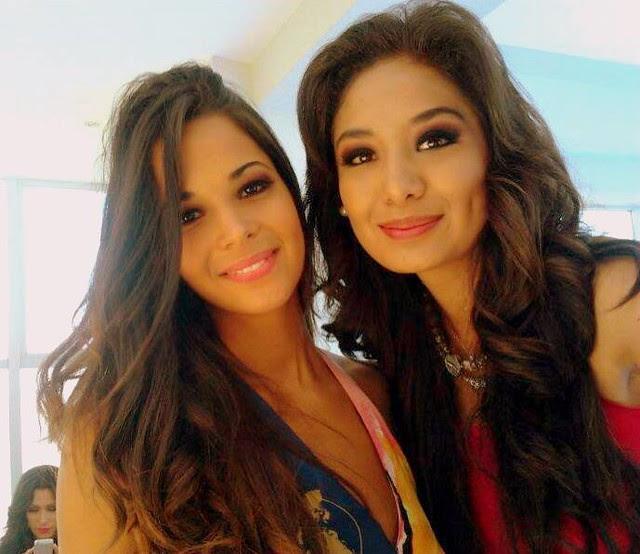 Maria Rene Carmona (Derecha) junto con Sherine Dandoy (Izquierda), durante el Miss Continentes Unidos 2013