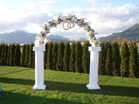Simple Guide to Wedding Arch Rental Services   Equipment