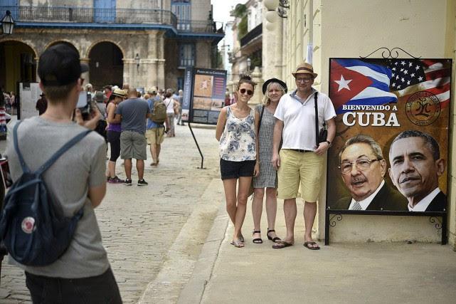 Le tourisme, avec ses 4 millions de visiteurs... (PHOTO YURI CORTEZ, ARCHIVES AFP)