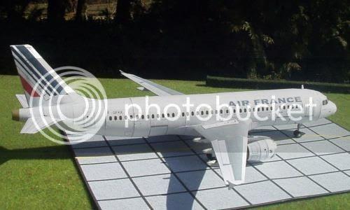 photo airfranceplane.papercraft.via.papermau.001_zps8t5ydtcd.jpg