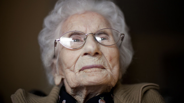 World's Oldest Woman Says She Got There by Being Super Boring