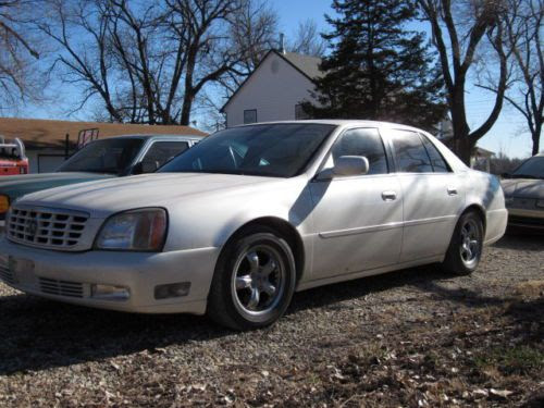 Sell used 2001 Cadillac DeVille DTS Sedan 4-Door 4.6L in ...
