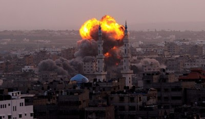 Israel bombardeia sede do Hamas e prepara-se para invadir Gaza