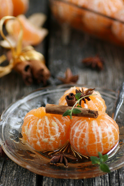Mandariinid siidris / Clementines in spiced cider by sillev on Flickr.