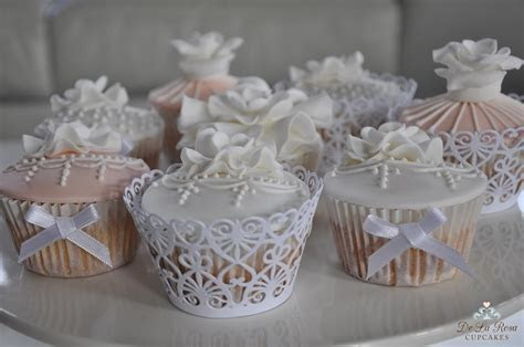 Friday Fives   5 Different Lace Wedding Cupcakes
