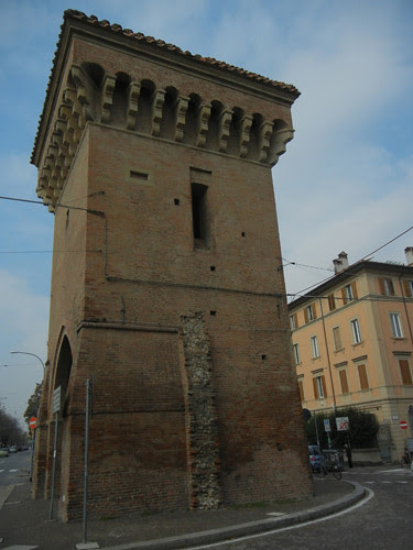 DSCN4627 _ Old city gate Porta Castigione, Bologna, 18 October