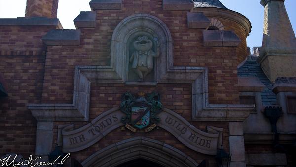Disneyland Resort, Disneyland, Mr. Toad's Wild Ride