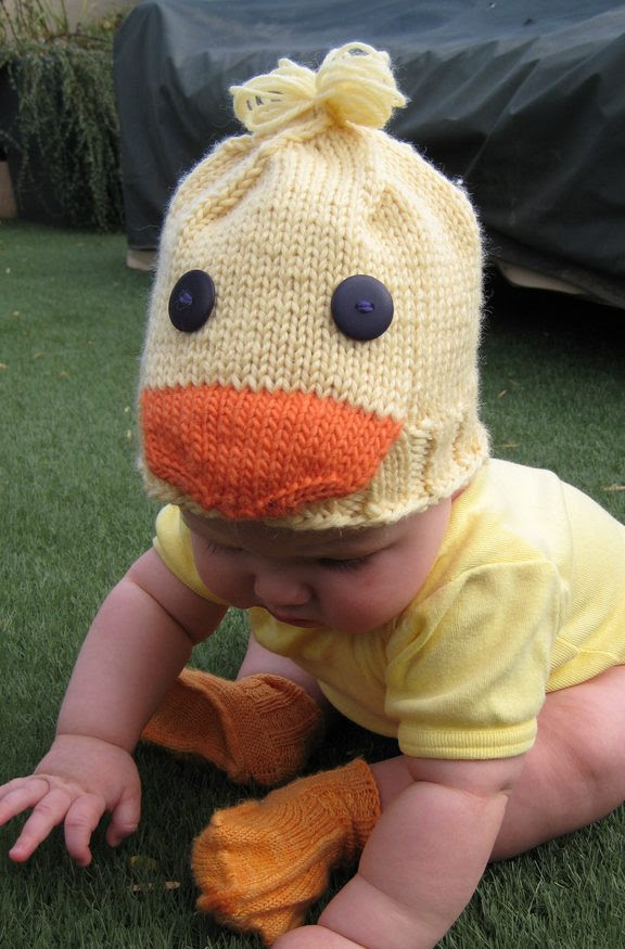 Free knitting pattern for Duckling Baby Hat