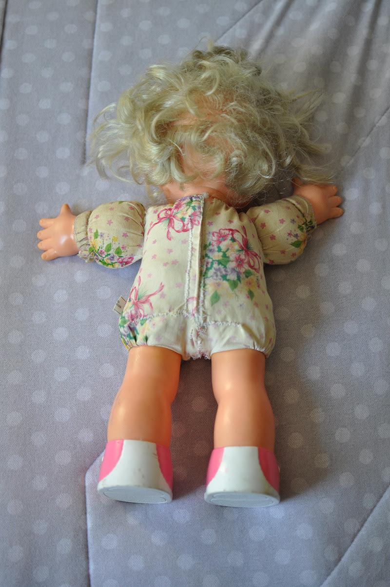 boneca recosturada
