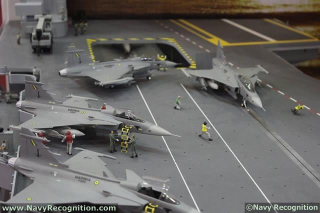 Según Bloomberg citando el ministro de Defensa brasileño, Celso Amorim, el país planea construir un portaaviones con un socio extranjero como parte de un esfuerzo para mejorar la preparación militar de la Marinha do Brasil (Marina de Brasil).