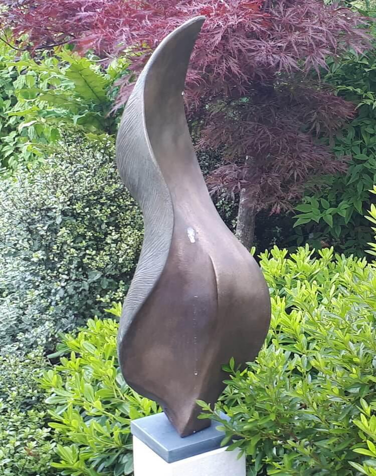 Stunning Abstract Metal Garden Sculpture