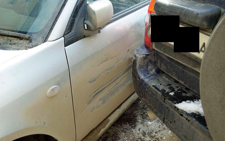 Όταν του έκαναν ένα βούλιαγμα στο αυτοκίνητο, αποφάσισε να το φτιάξει με δημιουργικό τρόπο (1)