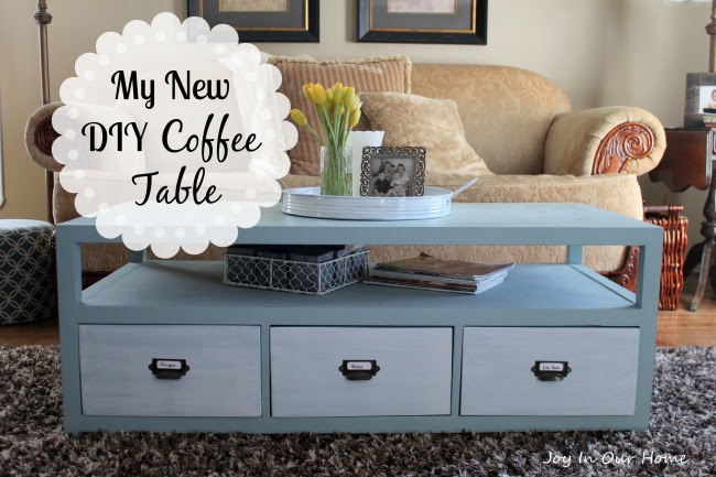 My New DIY Coffee Table at www.joyinourhome.com