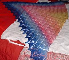 leaf lace shawl2 blocking