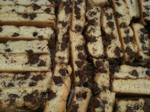 The Best Chocolate Chip Mandelbrot