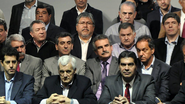 Más de 900 representantes de todo el país debatieron la nueva  cúpula del PJ nacional, en medio de tensas negociaciones entre  distintos sectores del peronismo oficialista y opositor.