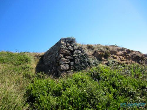 Miradouro Oeste da Serra da Boa Viagem na Figueira da Foz - Pedras empilhadas (2) [en] Viwepoint west of Boa Viagem Mountain in Figueira da Foz, Portugal