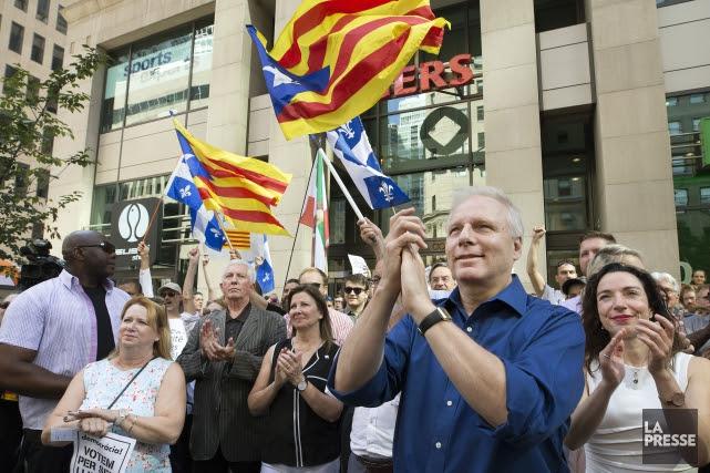Le chef du Parti québécois Jean-François Lisée (à... (PHOTO ROBERT SKINNER, LA PRESSE)