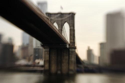 the Brooklyn Bridge, New York City por mudpig